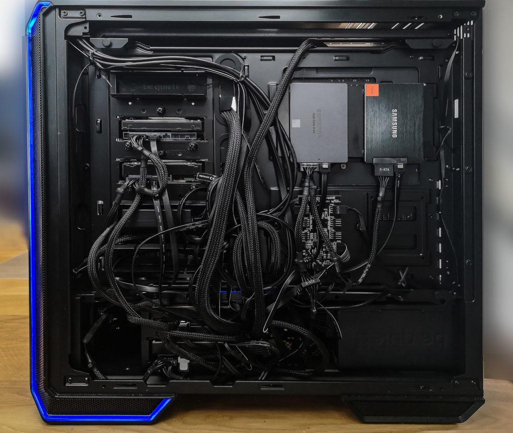 PC hinten